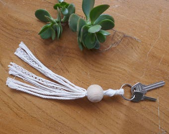 Key ring laces and wools #1