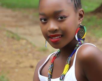 Amavovo Short Zulu Beaded Necklace- Multicoloured