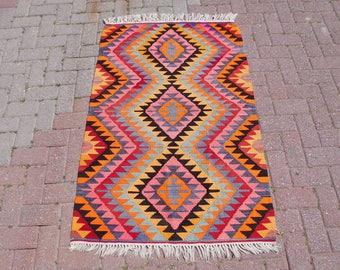 "Turkish Kilim rug, area rugs, kilim rug 3x5, throw rugs, Handwoven rugs, throw rugs, Wall decor, Kilim rug large, kilim rug pink, 36"" x 54"""