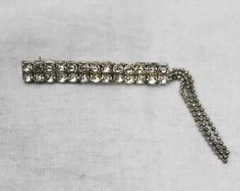 1950s Vintage Diamond Brooch with Tassels