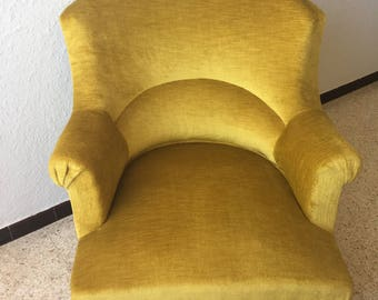 Sold! Vintage yellow/gold velvet Toad style Chair