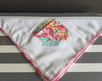 Small Vintage Floral Table Cloth. Pink and White Table Cloth. Applique Flowers.