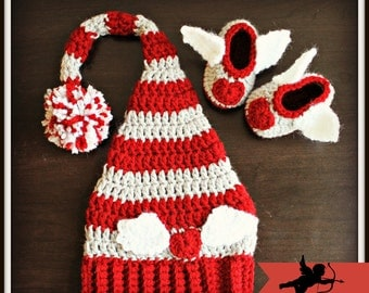 SALE!!!Crocheted Valentine's Baby Hat and Booties Set