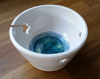Coastal inspired stoneware yarn bowl with a rock pool centre created with sea glass