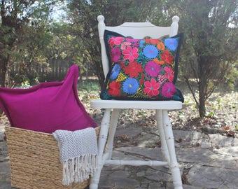 Chiapas pillow cover. Colorful, one of a kind. Fair trade. Bohemian Style. Hecho en Mexico.