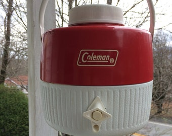 Vintage Coleman 1 gallon drinking container cooler