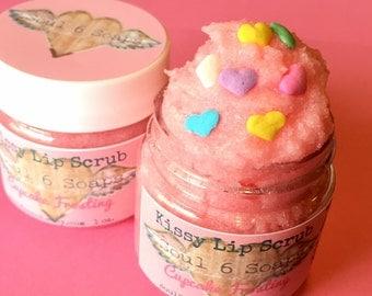 Kissy Lip Scrub Pink Cupcake Frosting 1 oz.