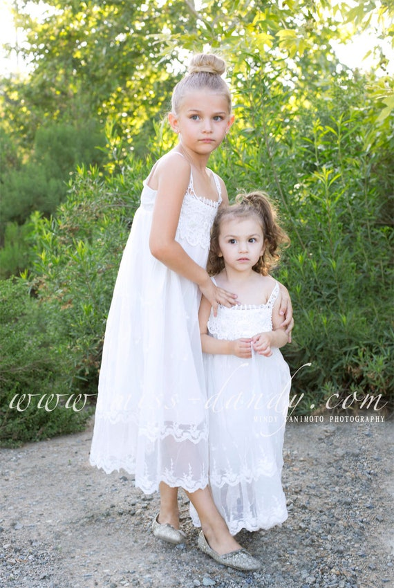 Flower girl dress, Girls lace dress, rustic flower girl dress, Bohemian Boho flower girl dress, Beach flower girl dress, Baby lace dress