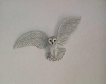 Large owl sculpture in flight, barn owl in flight wall decor, barn owl sculpture, owl wall decoration, barn owl