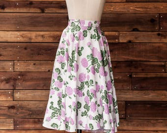 Irene - 1950s floral purple skirt