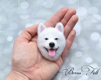 Pet Portrait Samoyed Brooch - Needle felted Samoyed Pin - Samoyed sculpture - 3D brooch - Dog loss gift - Pet loss gift