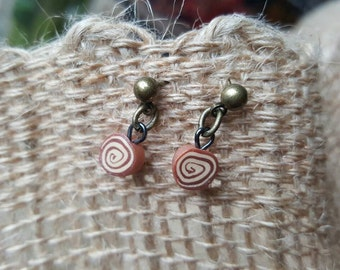 Cinnamon roll twist earrings