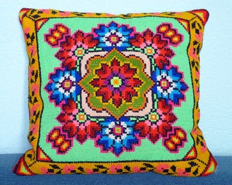 GREAT Embroidered Pillow Case Vintage Ukrainian Embroidery Cross Stitch Geometric Pillow Bright Neeldepoint Old Gobelin Embroidery Tapestry