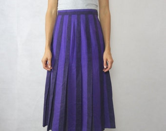 VINTAGE Laird-Portch of Scotland 1970's Purple Wool Pleat Skirt Size S-M