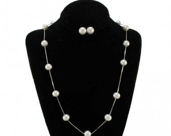 Snow White Pearl Necklace and White Earing Set