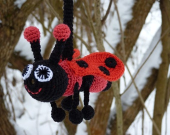 Crochet Ladybug Toy/ Black and red rattle/ Crochet teething toy /Baby shower gift/ Car seat toy/ Crib toys/ First baby toy/ Montessori toy