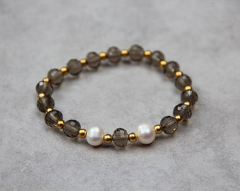 Smoky crystal and pearl bracelet