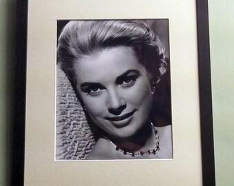 Grace Kelly framed 8' x 10' photo