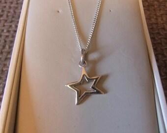 Vintage Jewellery, Vintage Necklace, Silver Star Necklace, Sterling Silver Star Pendant, KIT HEATH Silver Necklace, Vintage Jewelry