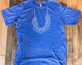 Pretzel Necklace Tee