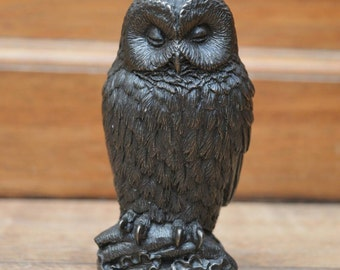 Bronze plated sleeping owl
