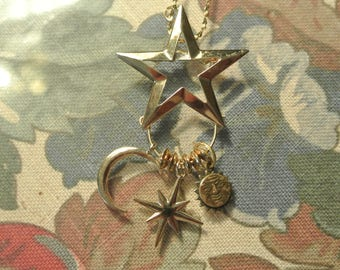 A Real Cute Star Charm Holder Necklace or Pin