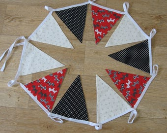 Scottie dogs and spots bunting