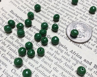 6mm Green Shamrck Glass Rounds - 24 pieces - #781