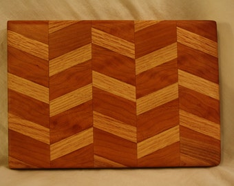 Oak & Exotic Hardwood cutting board