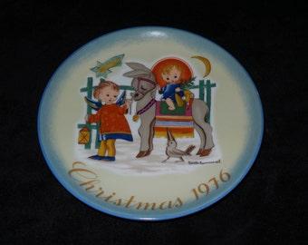 "1976 Schmid Hummel Christmas ""Sacred Journey"" Christmas Plate by Sister Berta Hummel"