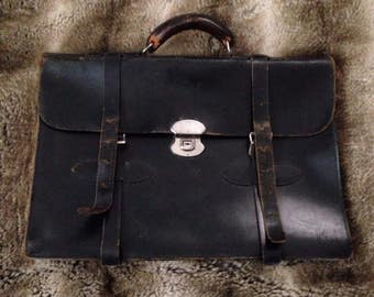 Antique leather fmc cowhide briefcase in great condition