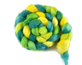 BFL 4 oz hand dyed roving, Combed Top, Blue Faced Leicester spinning fiber, green, yellow,bfl roving, bfl combed top - Lemon Lime
