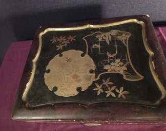 Japanese trinket box with black lacquer and gold inlay