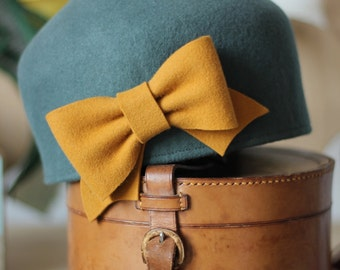 Winter Felt Millinery Hat with Bow, Bottle Green Felt Woman Hat, Ice Green Chapeau with Bow, Made to Measure