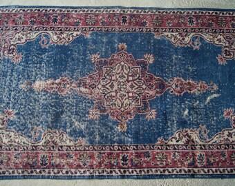 3'1''x5'9'' Turkish Ottoman Rug, Ottoman Design of Isparta Region, Handwoven Distressed Rug, Vintage Area Rug