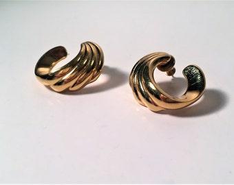 Monet Earrings, Monet Dangle Earrings, Monet Gold Tone Earrings, Pierced Ears, Bridal Earrings, Statement Jewelry, Monet, Gift for Her