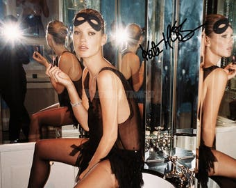 Kate Moss pre signed photo print poster - 12x8 inches (30cm x 20cm) - Superb quality