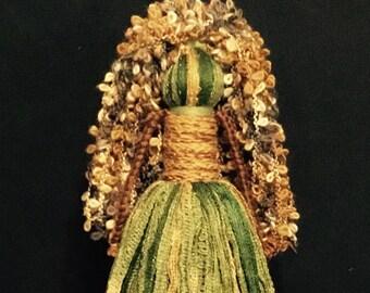 Yarn Doll (M) 1738