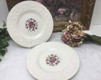 2 Wedgwood Swansea dinner plates