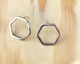 Drayton - hexagonal, silver studs