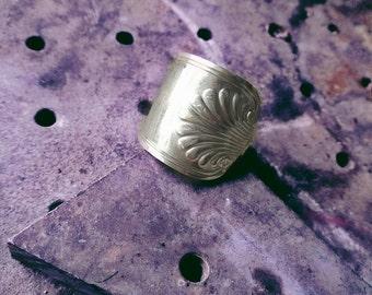 Seashell ring fork size 6