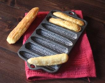 Sale! Rare! Unmarked Wagner Tea Sized Corn Bread Pan Corn Stick Pan Corn Cob Pan Vintage Antique in Excellent Condition!