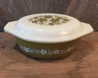Pyrex Spring Blossom Casserole Dish Bakeware with Fancy Lid {Flower Floral Green Avocado Green Crazy Daisy} Vintage Pyrex Bowl w/ Lid