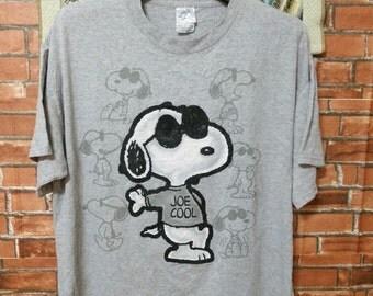 MEGA SALE SNOOPY Shirt Charlie Brown T-Shirts Holiday Peanuts Snoopy Woodstock Snoopy Shirt L