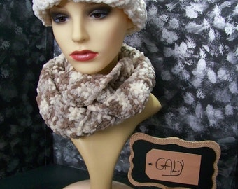 Big hat with Cache neck (snood) 2 laps (off-white, taupe, gray) # 307