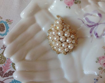 Vintage Faux Pearl and Gold Finish Leaf Shaped Brooch