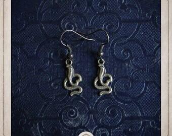 Snake earrings in bronze BOB061