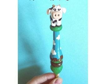 Miss Molly Moo the Ergonomic Cow Crochet Hook