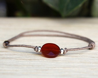 String Mole faceted red agate gem stone bracelet