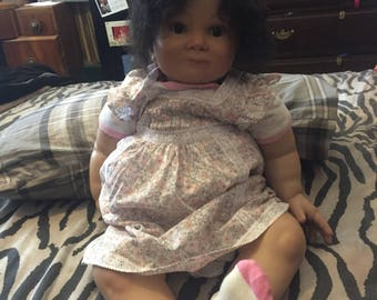 28 inch Stunning reborn toddler girl, Comes with a hired contract from a popular tv show
